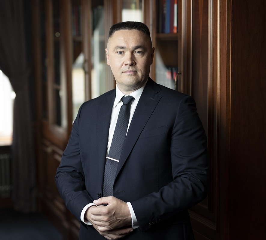 dr P. Bojarski